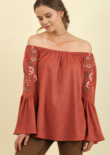 Load image into Gallery viewer, Off Shoulder Desert Top