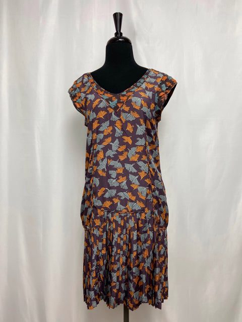 COTELAC PLEAT HEM DRESS SIZE 0 - wearhouseconsignment