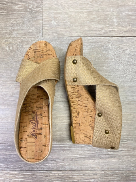 LUCKY BRAND GOLD WEDGE 6