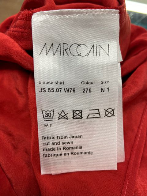 MARC CAIN SPORTS RED TOP SMALL