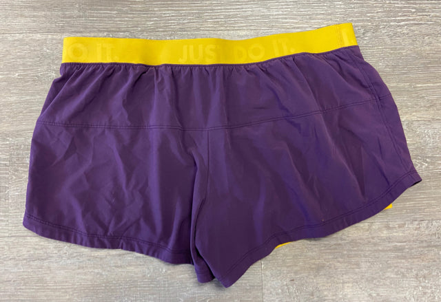NIKE PURPLE ATHLETIC SHORTS XL