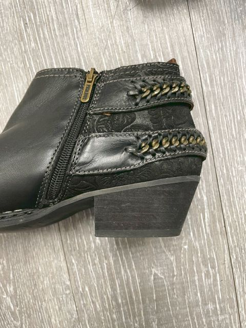 PIKLINOS LEATHER BUCKLE BOOTIE SZ 40 Black