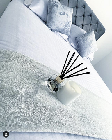 Threadnine Satin Stripe Duvet Bedding Set