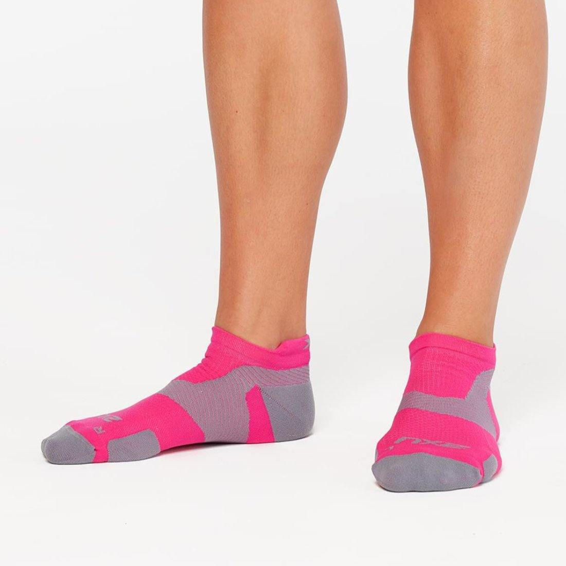 2XU Vectr Compression Socks | Light Cushion No Show Unisex Socks