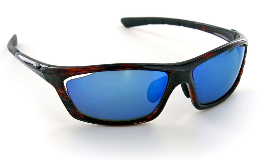 a553e353129 XX2i Optics Combines Polarized Technology with Reader Lenses to Cut Glare    Give Magnification