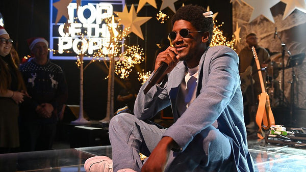 Labrinth performs on BBC's Top Of The Pops. Photo by BBC ONE, grooming by Lauraine Bailley