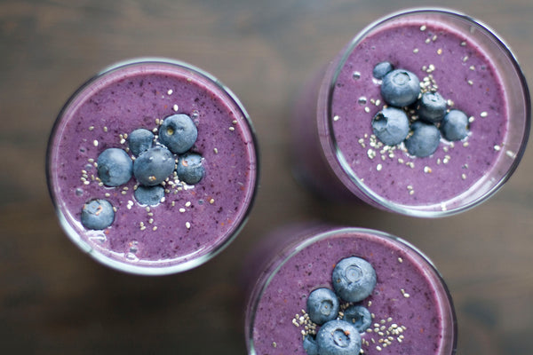 Philosophie Superfood Smoothie recipe - berry bliss and green dream superfood powder