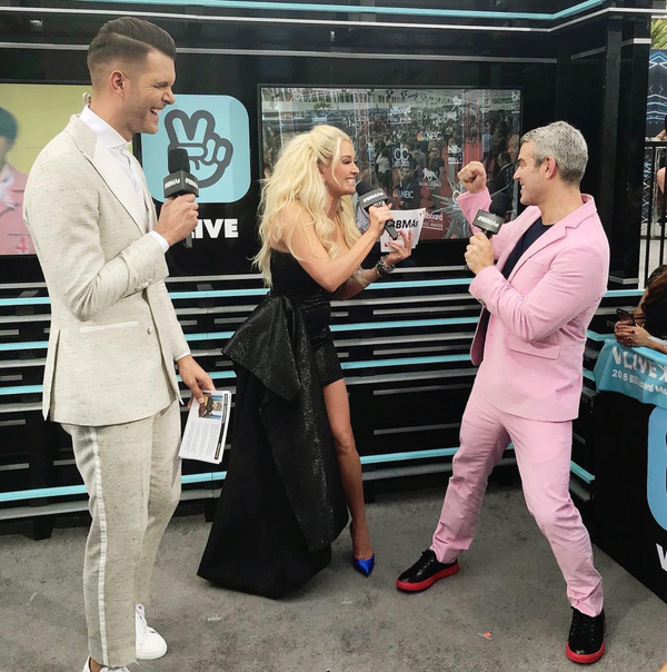 Andy Cohen Looking Amazing in his Custom SSV Suit at the 2018 Billboard Music Awards