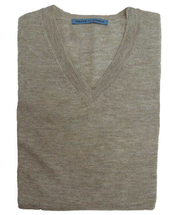 Juta Lightweight Cashmere V-Neck Sweater