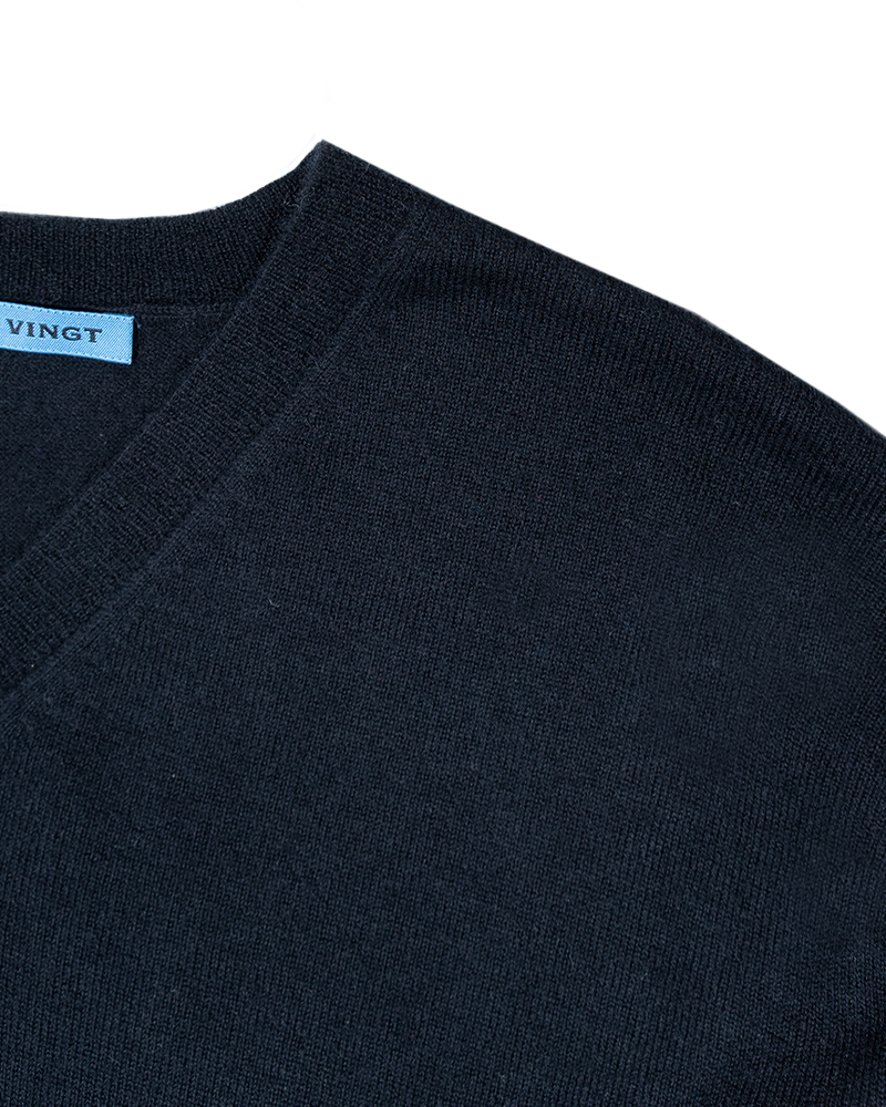 Navy Lightweight V-Neck Sweater - groupe-nyc