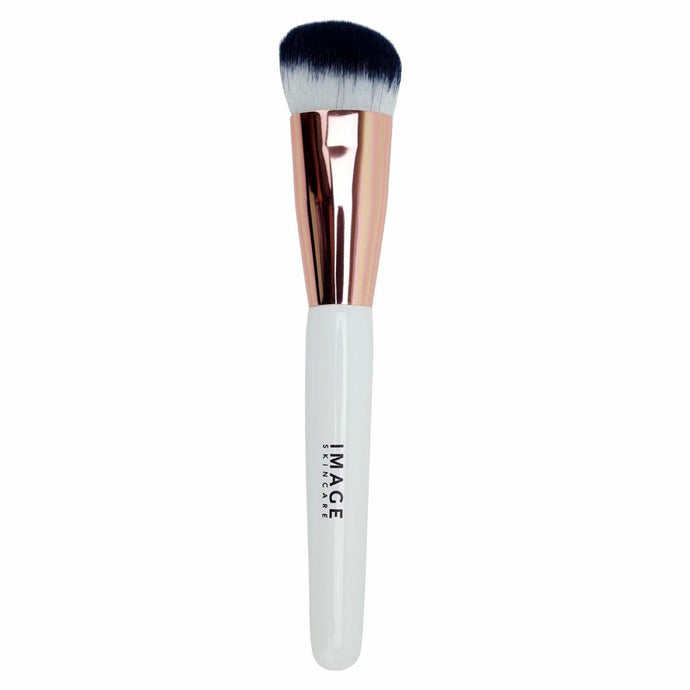 I BEAUTY No. 101 Flawless Foundation Brush