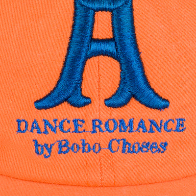 Bobo Choses a dance romance lippis, mocha bisque