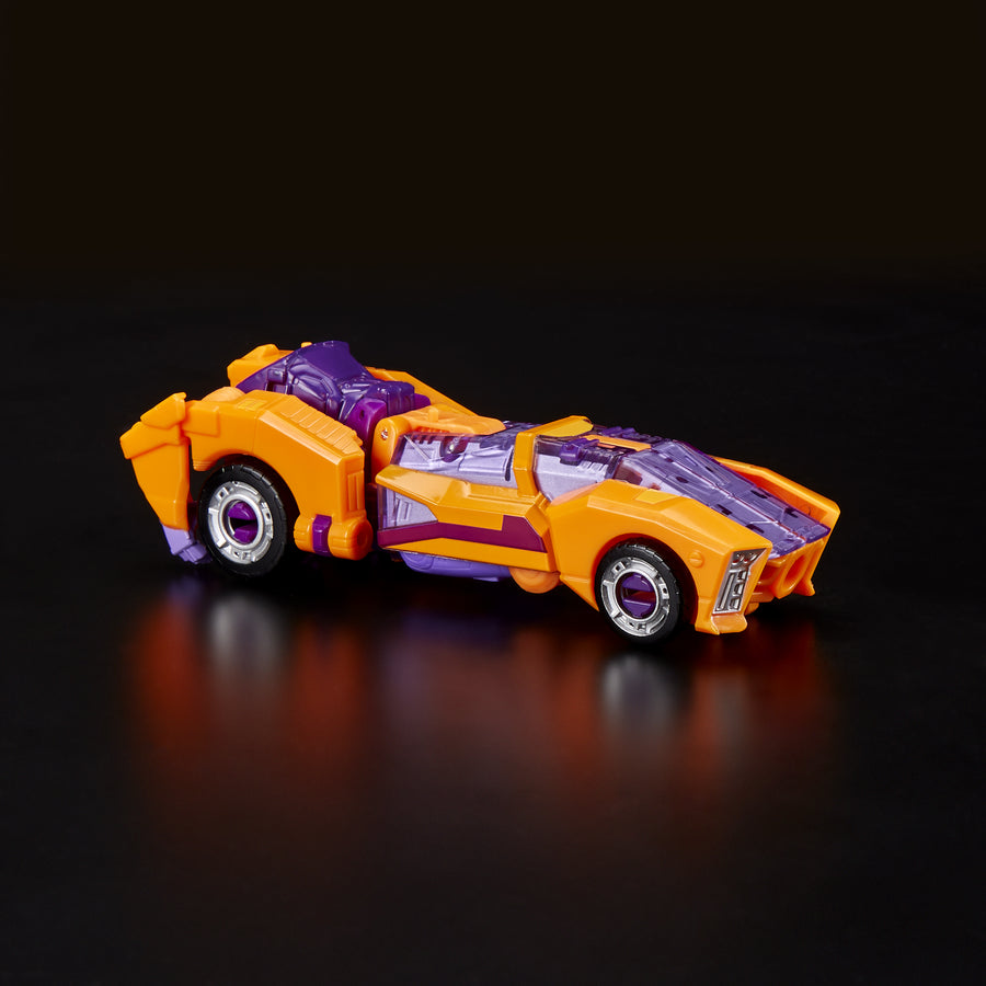 Transformers Generations Selects Deluxe Class WFC-GS05 Autobot Lancer Vehicle Mode