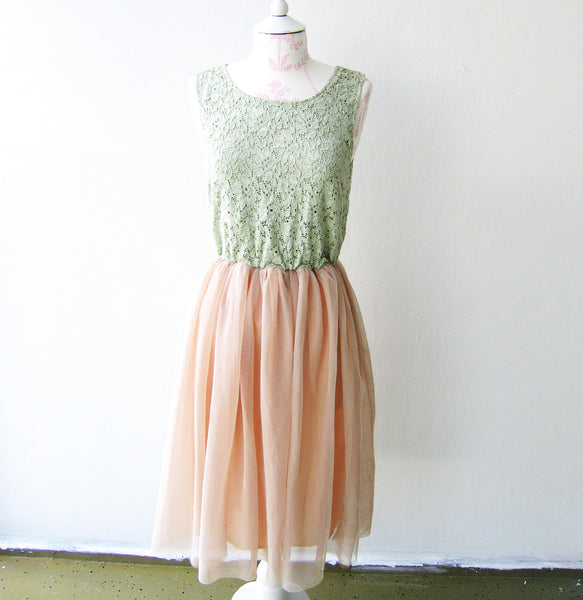 Vintage Style Lace Dress Romantic Whimsical Fairy Tale Wedding Dress Bridesmaid Dress Mint Green Pistachio Light Soft Peach Pink