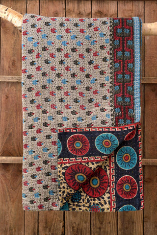 Kantha Quilt 3: by Akhlima