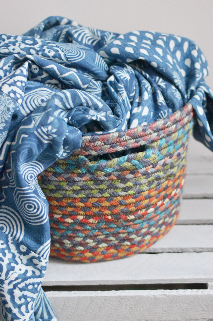 Braided utility basket: Carnival blue