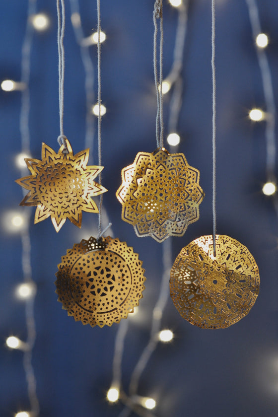 Brass snowflake decorations: set of four - Christmas - Decorator's Notebook