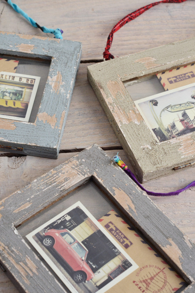 Double sided picture frame: distressed wood - Pictures and Frames - Decorator's Notebook