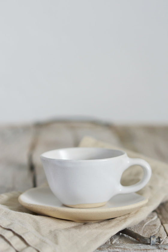 Organic espresso cup and saucer: Fennel
