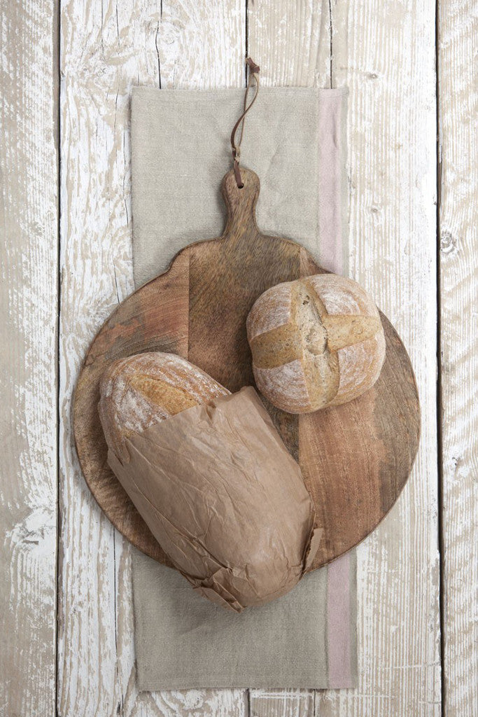 Mango Wood round pizza board - Kitchen and Tableware - Decorator's Notebook