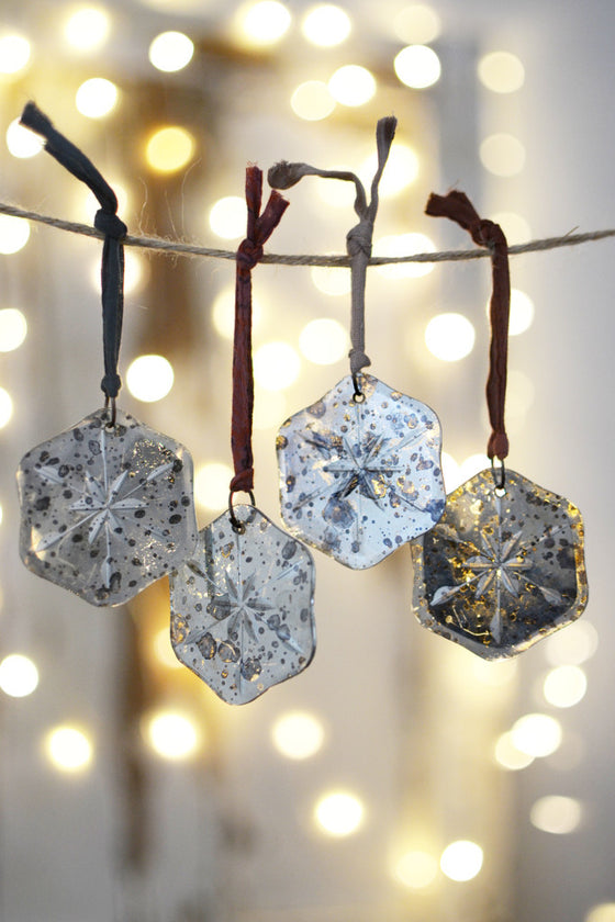 Mirror snowflake tree decorations: set of four - Christmas - Decorator's Notebook