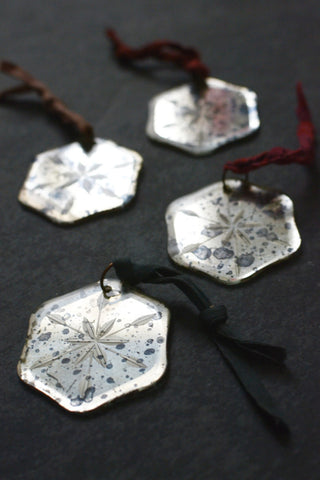 Mirror snowflake tree decorations: set of four