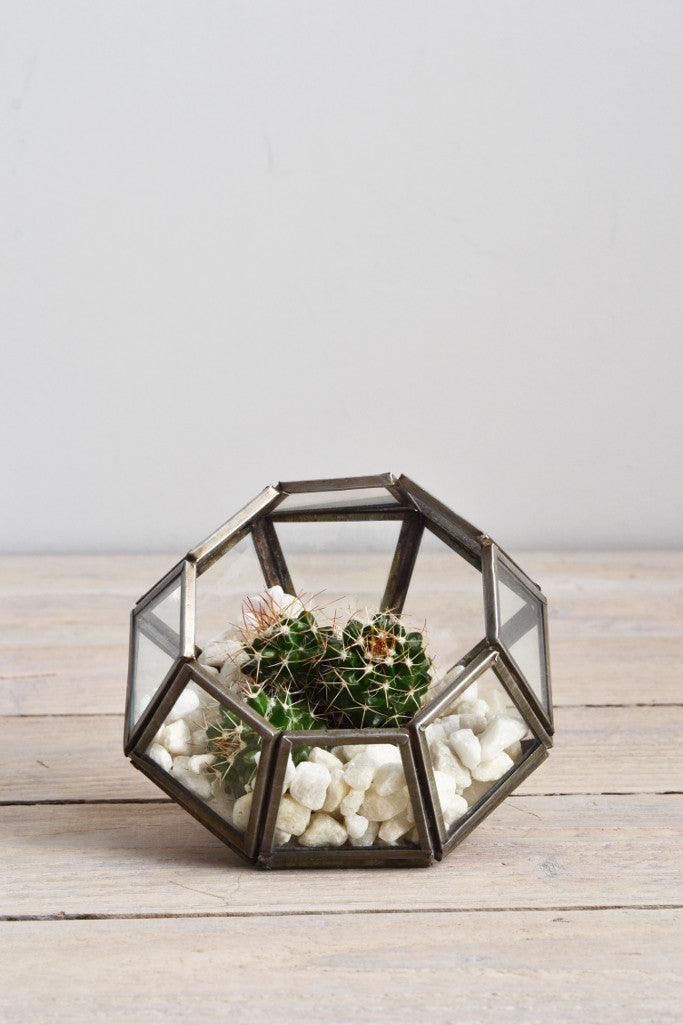 Zinc terrarium / candle holder: pointed - Décor and Vases - Decorator's Notebook