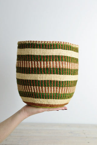 Kenyan basket: Green Collection