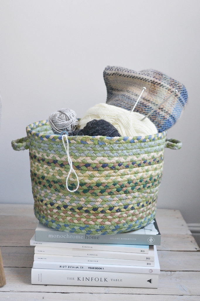 Braided utility basket: Mint green