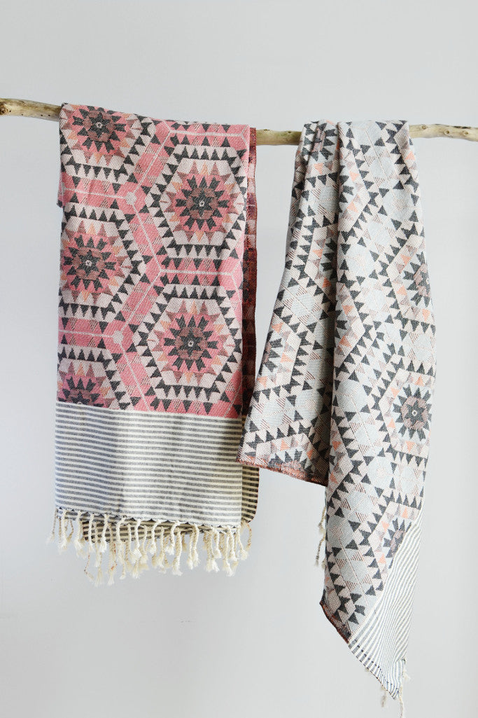 Honeycomb throw: rose pink - Throws and Quilts - Decorator's Notebook