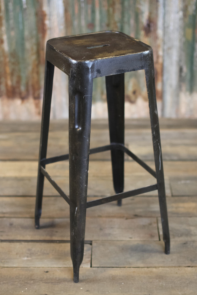 'Chari' industrial Tolix style metal bar stool