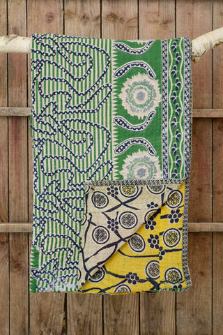 Kantha quilt 17: by Israt