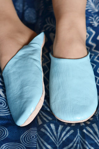 Ladies Moroccan leather slippers: Sky Blue