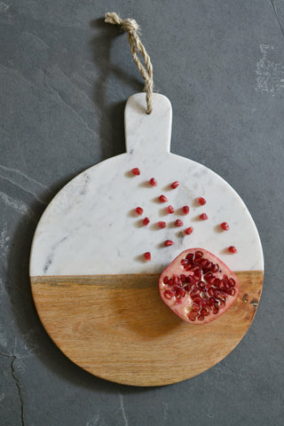 Marble and mango wood serving board: round