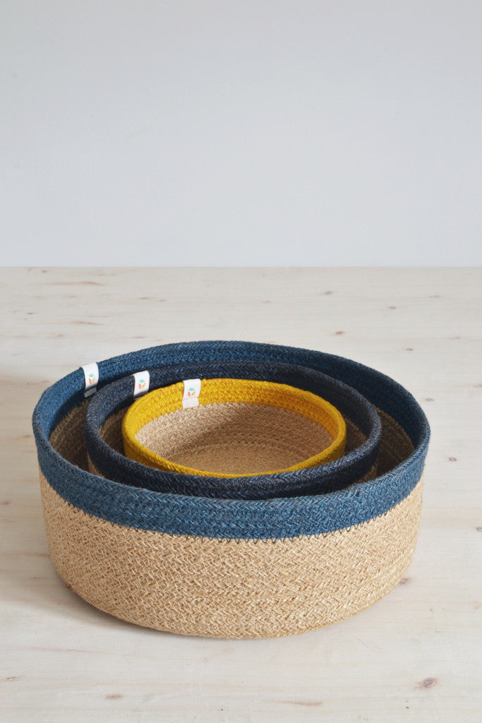 Low nesting baskets: set of three