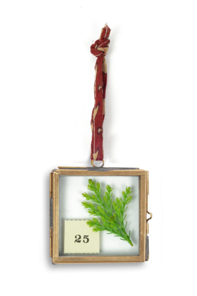 Mini hanging brass picture frames: set of four - Pictures and Frames - Decorator's Notebook