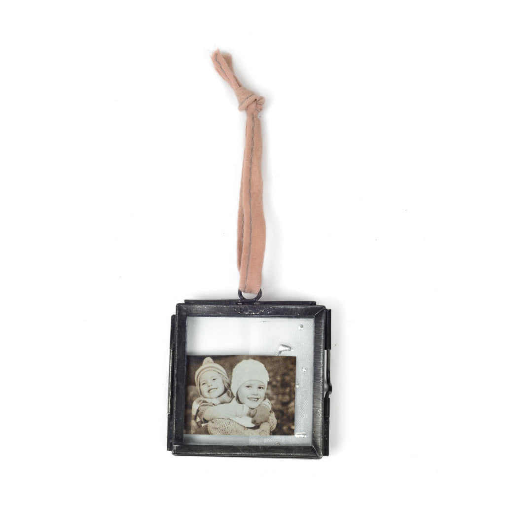 Mini hanging zinc picture frames: set of four