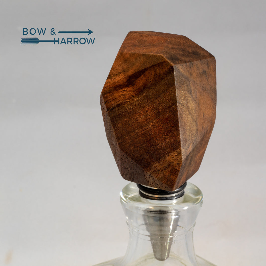 Gem Cut Bottle Stopper - Figured Walnut