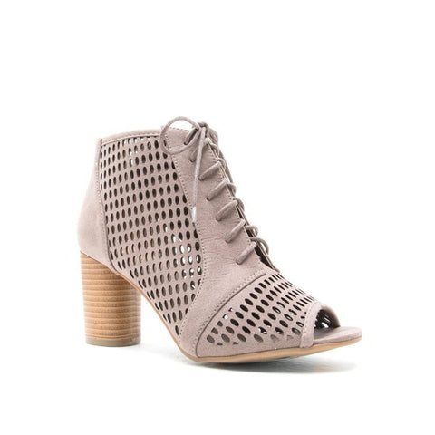 Striding Chic Bootie In Taupe