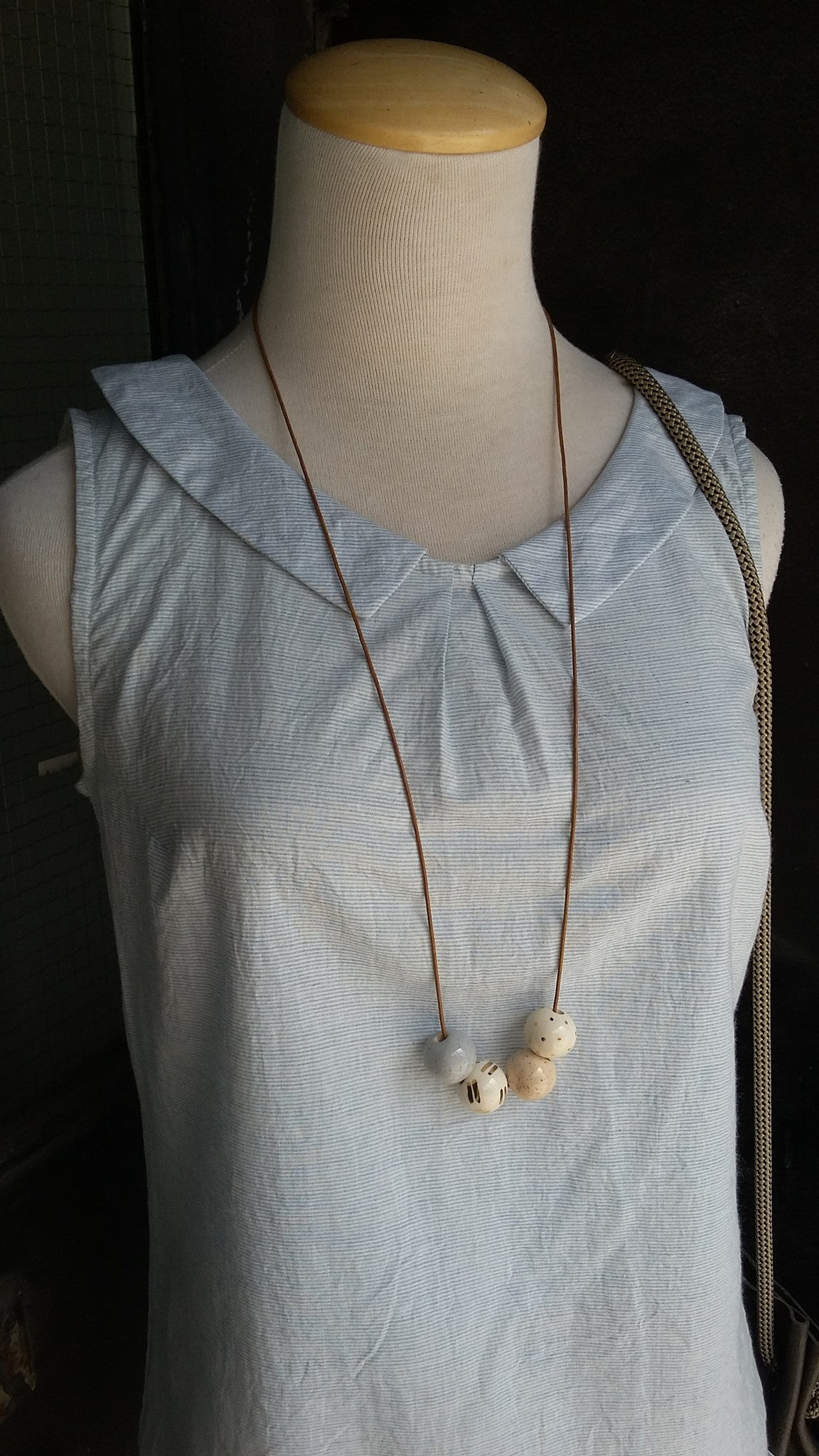 Shayna Stevenson // Vanilla Speckle Necklace