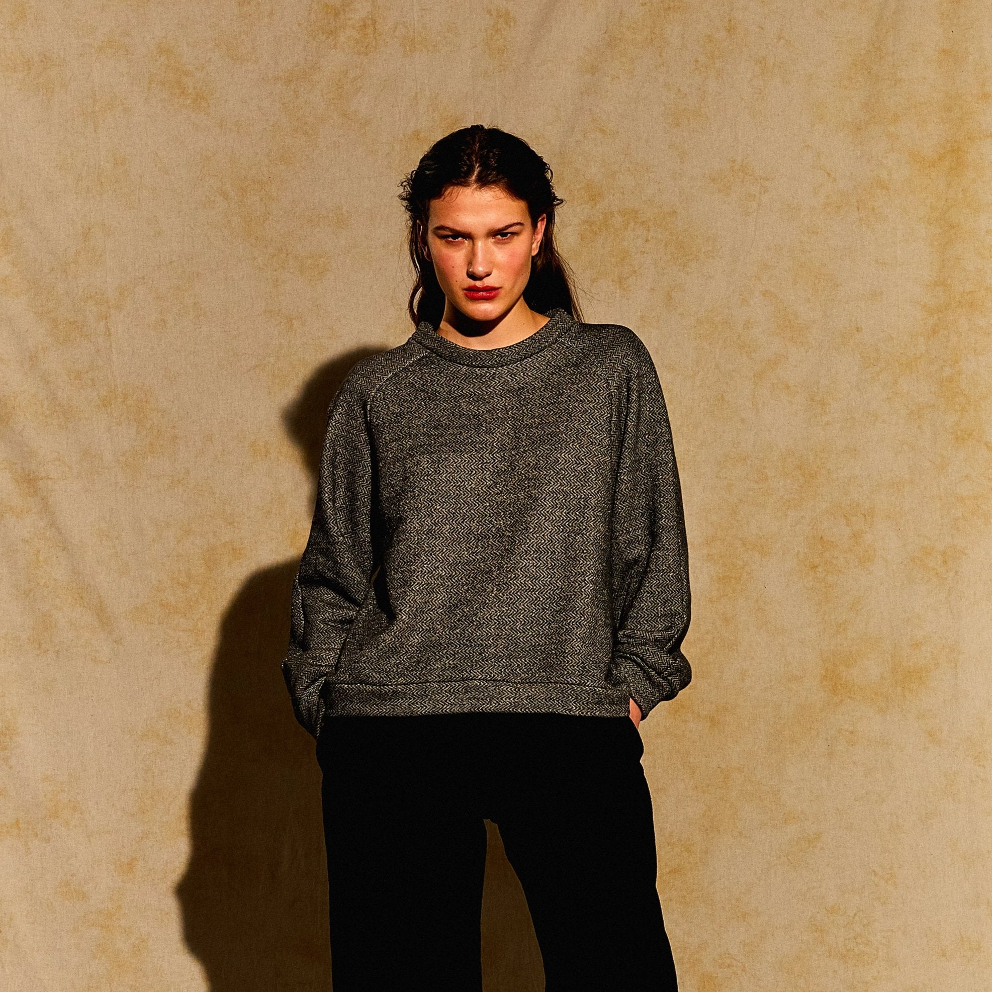Devlyn van Loon // Raglan Sweater Cotton