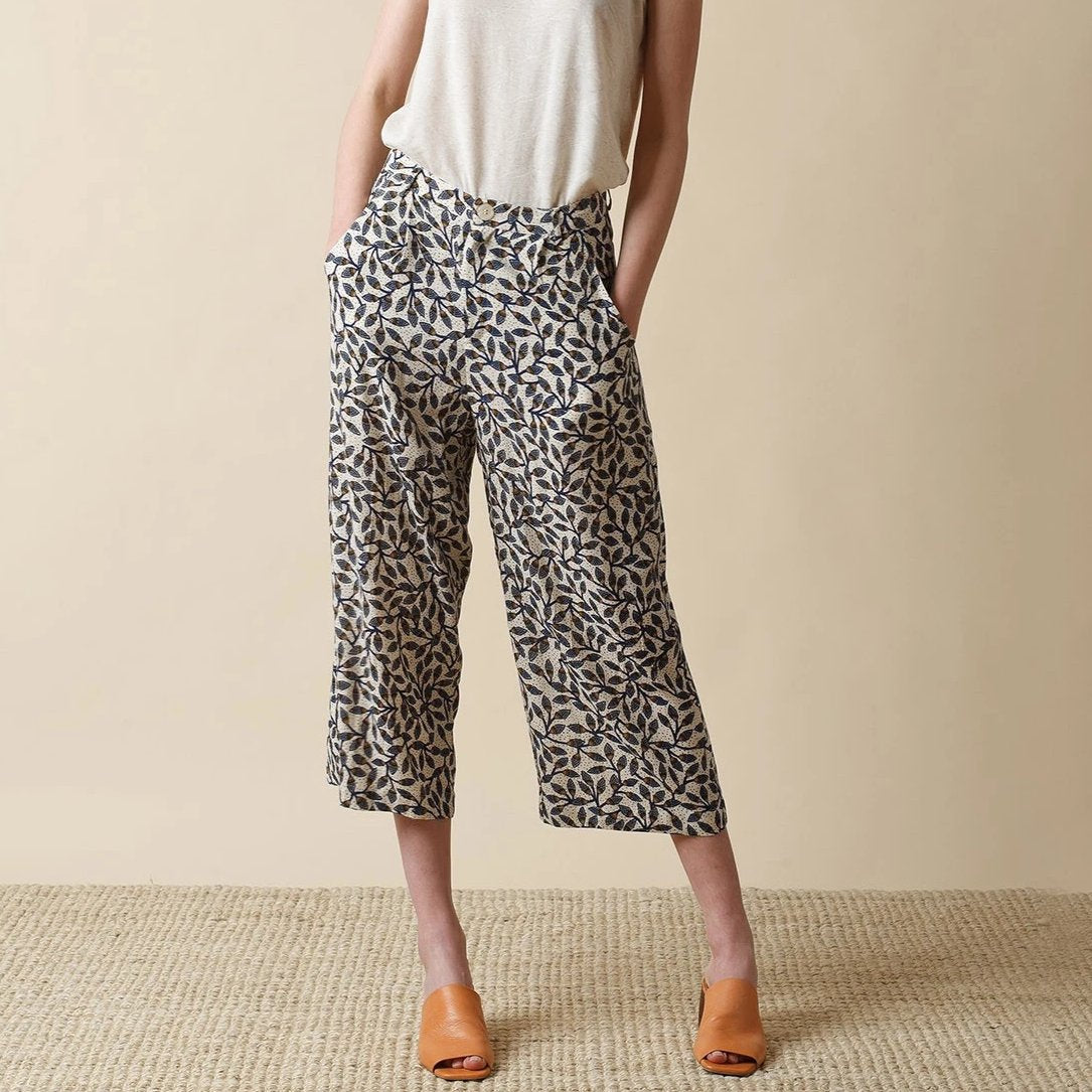 Indi & Cold // Flutter Crop Trousers