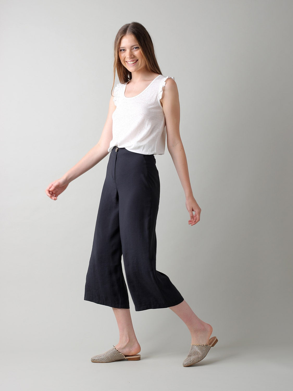 Indi & Cold // Fluid Micromodal Crop Trousers