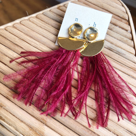 Noemiah // Feather Earrings Gold