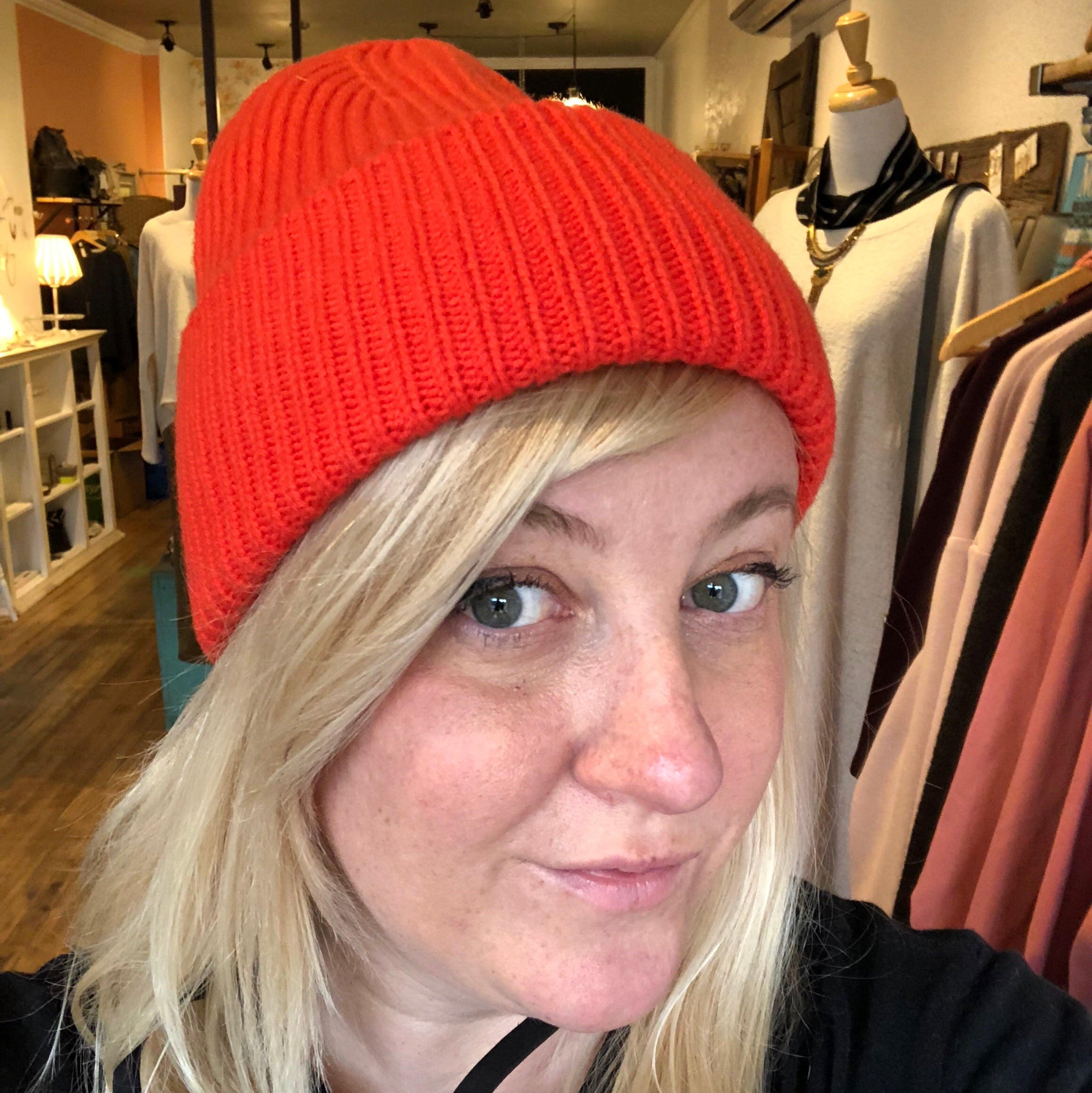 Naïf // Wool Toque Poppy