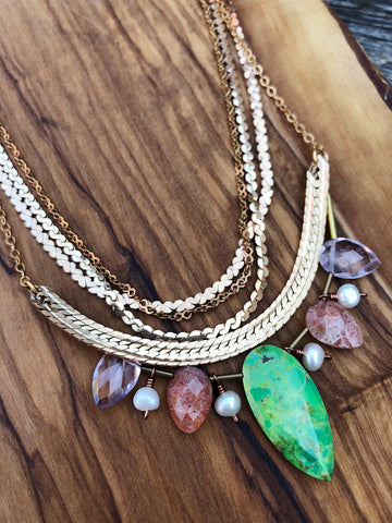 Hailey Gerrits // Seychelles Necklace