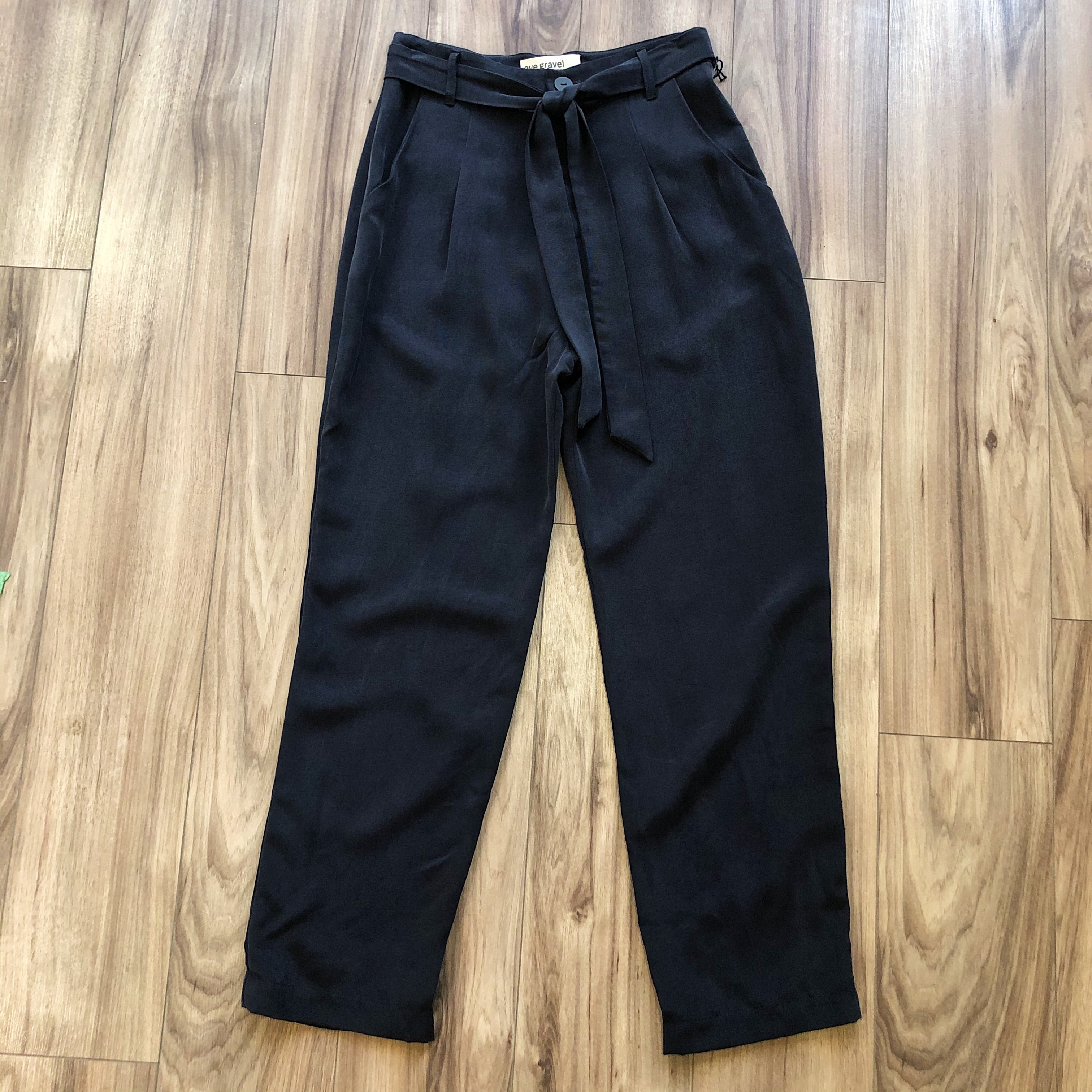 Eve Gravel // Lion's Echo Pants Black