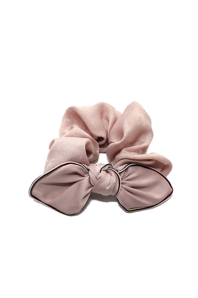 SILKY SCRUNCHIE WITH BOW PINK