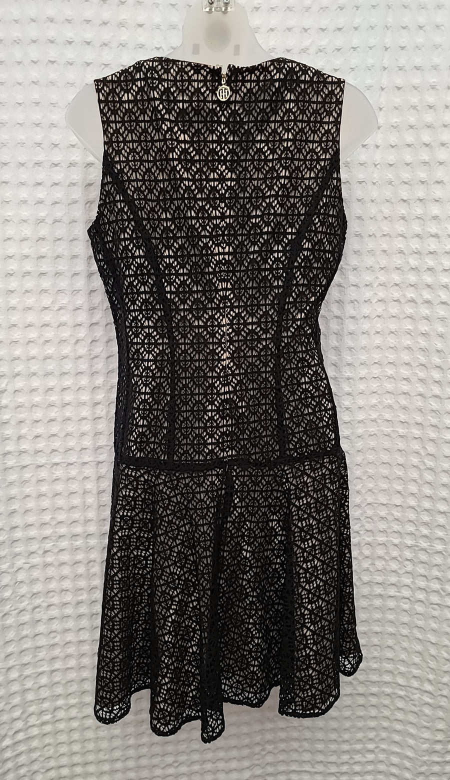 TOMMY HILFIGER Size 6 DRESS