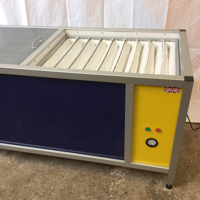 Fan Extraction Bench